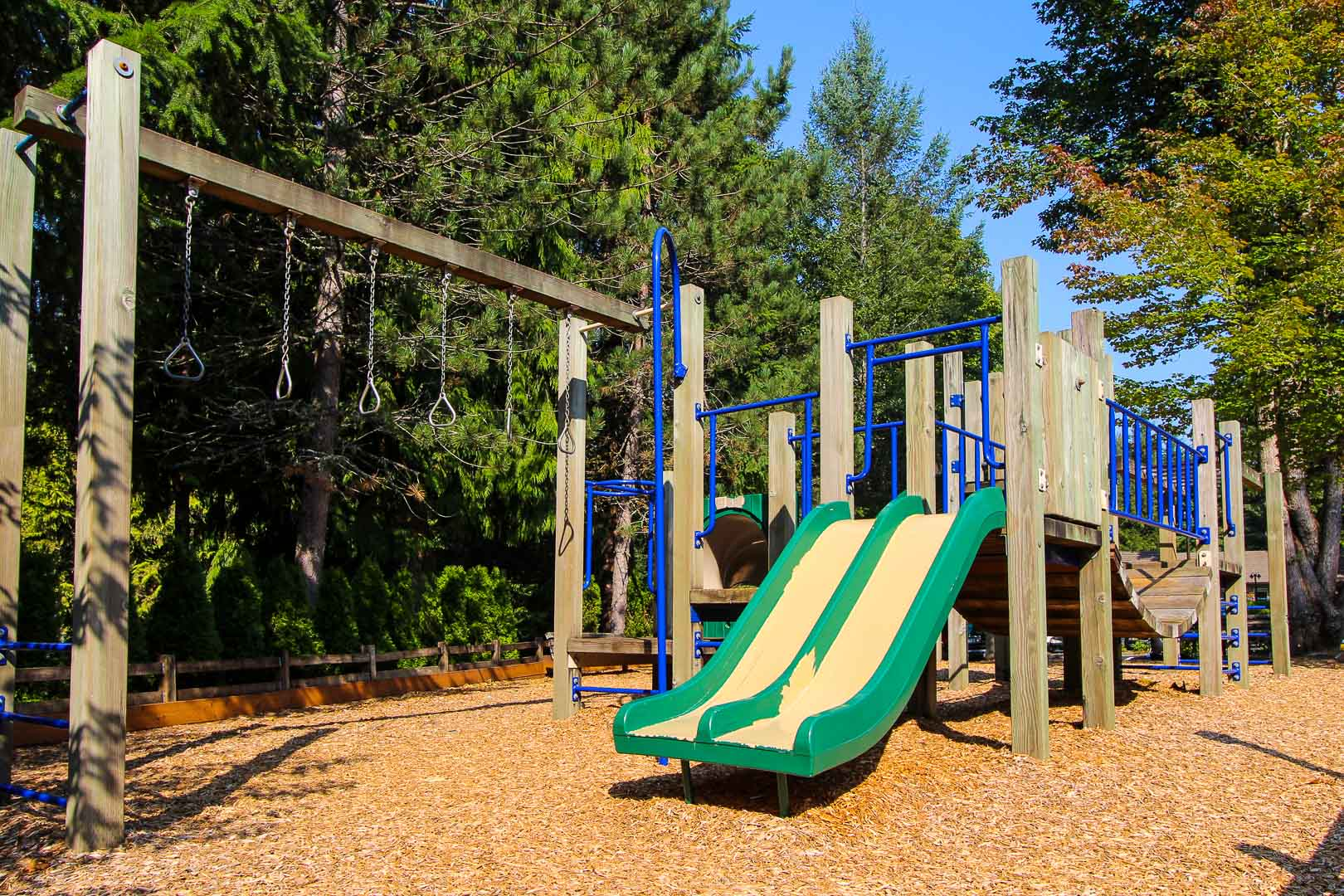 A spacious outdoor playground at VRI's Whispering Woods Resort in Oregon.
