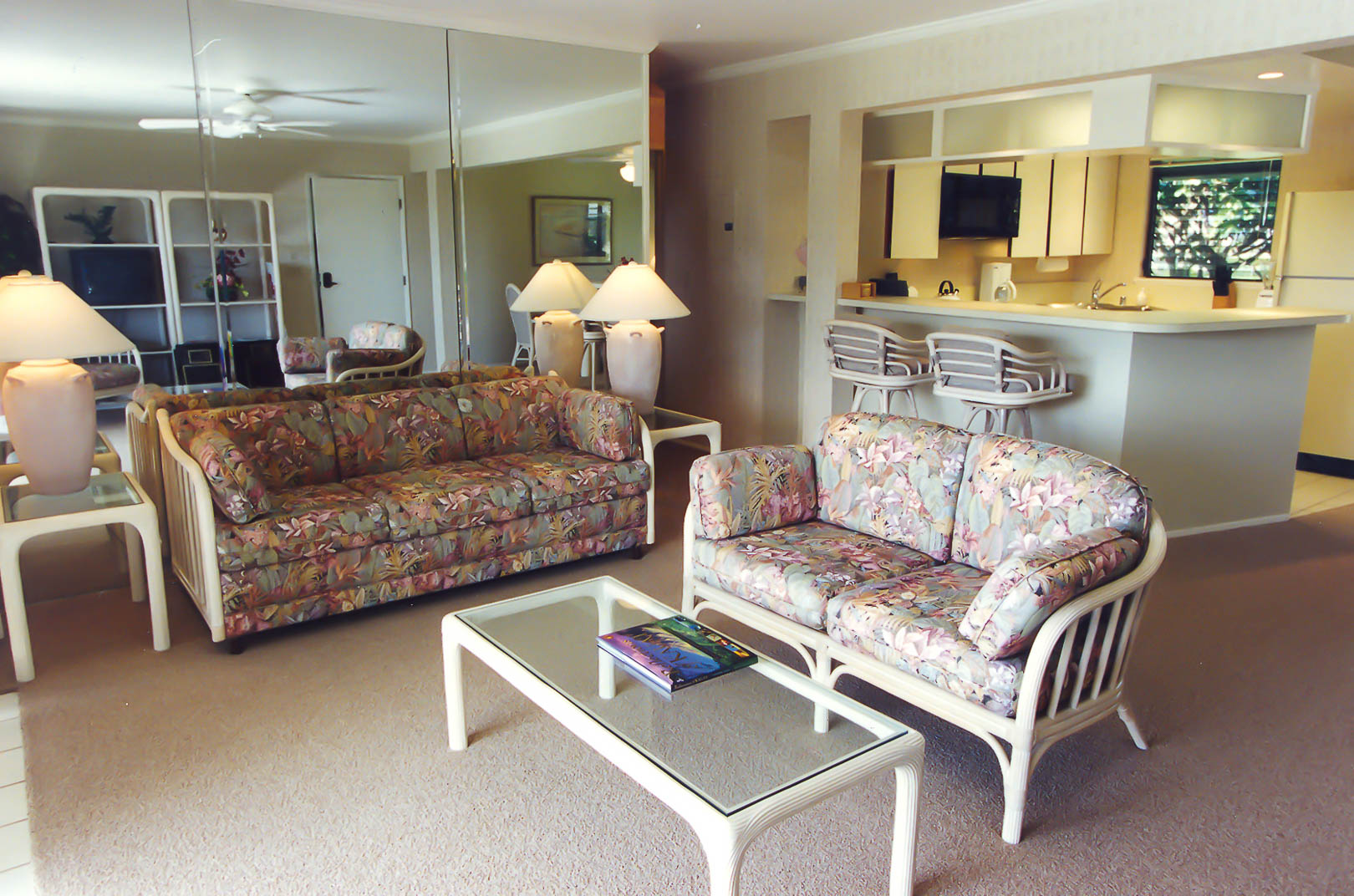 A colorful living room area at VRI's Alii Kai Resort in Hawaii