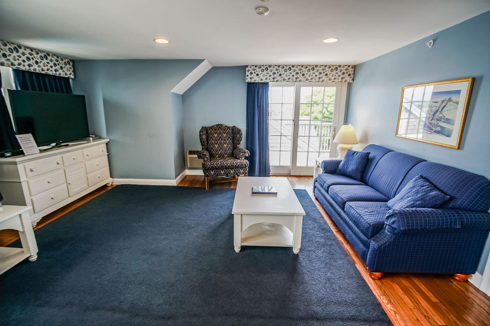 A spacious living room at VRI's Beachside Village Resort in Massachusetts.