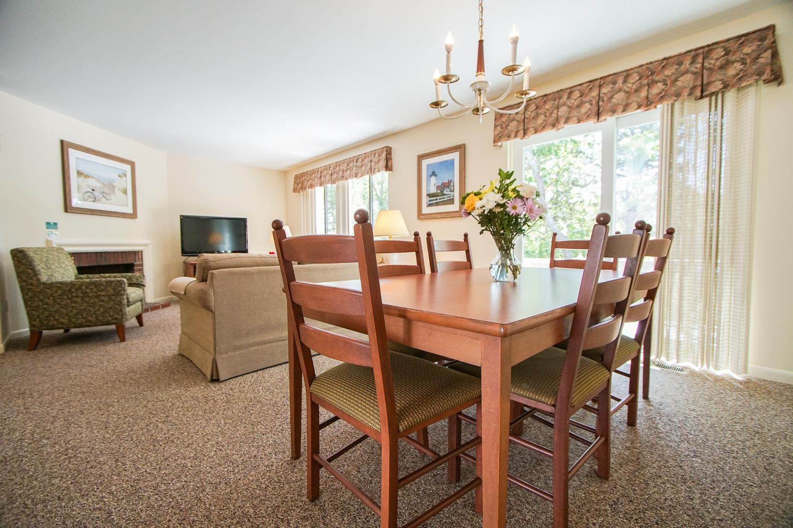 A quaint dining room area at VRI's Brewster Green Resort in Massachusetts.