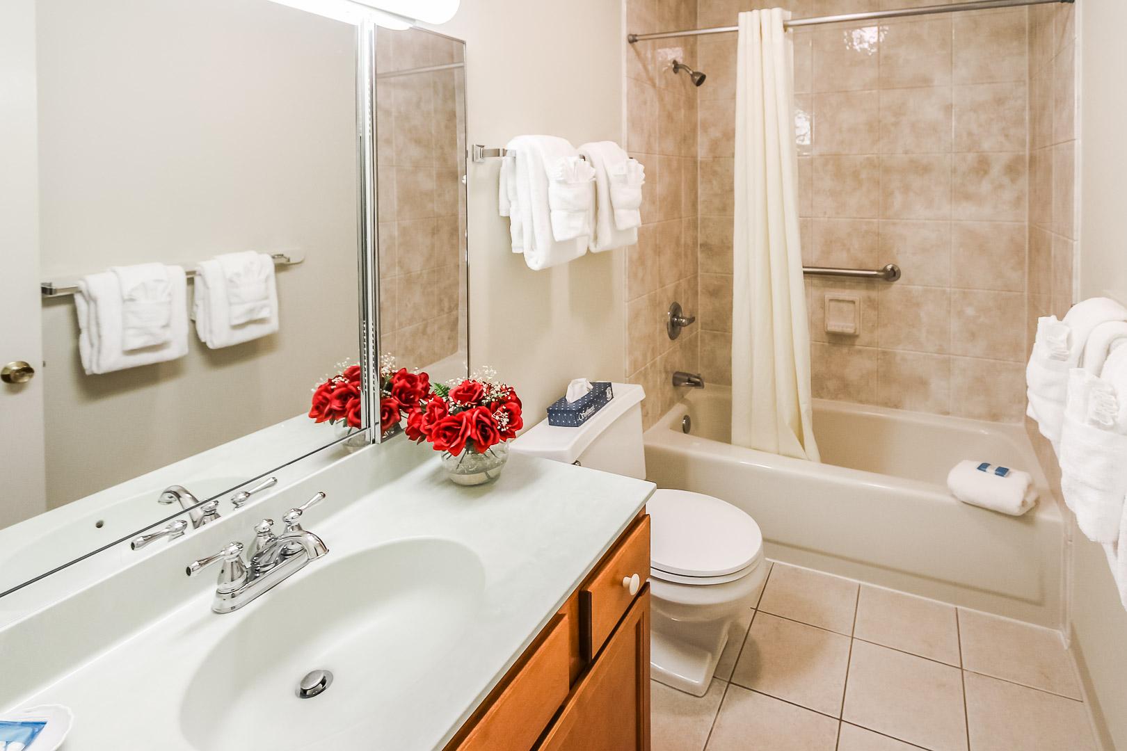 A crisp and clean bathroom at VRI's Brewster Green Resort in Massachusetts.