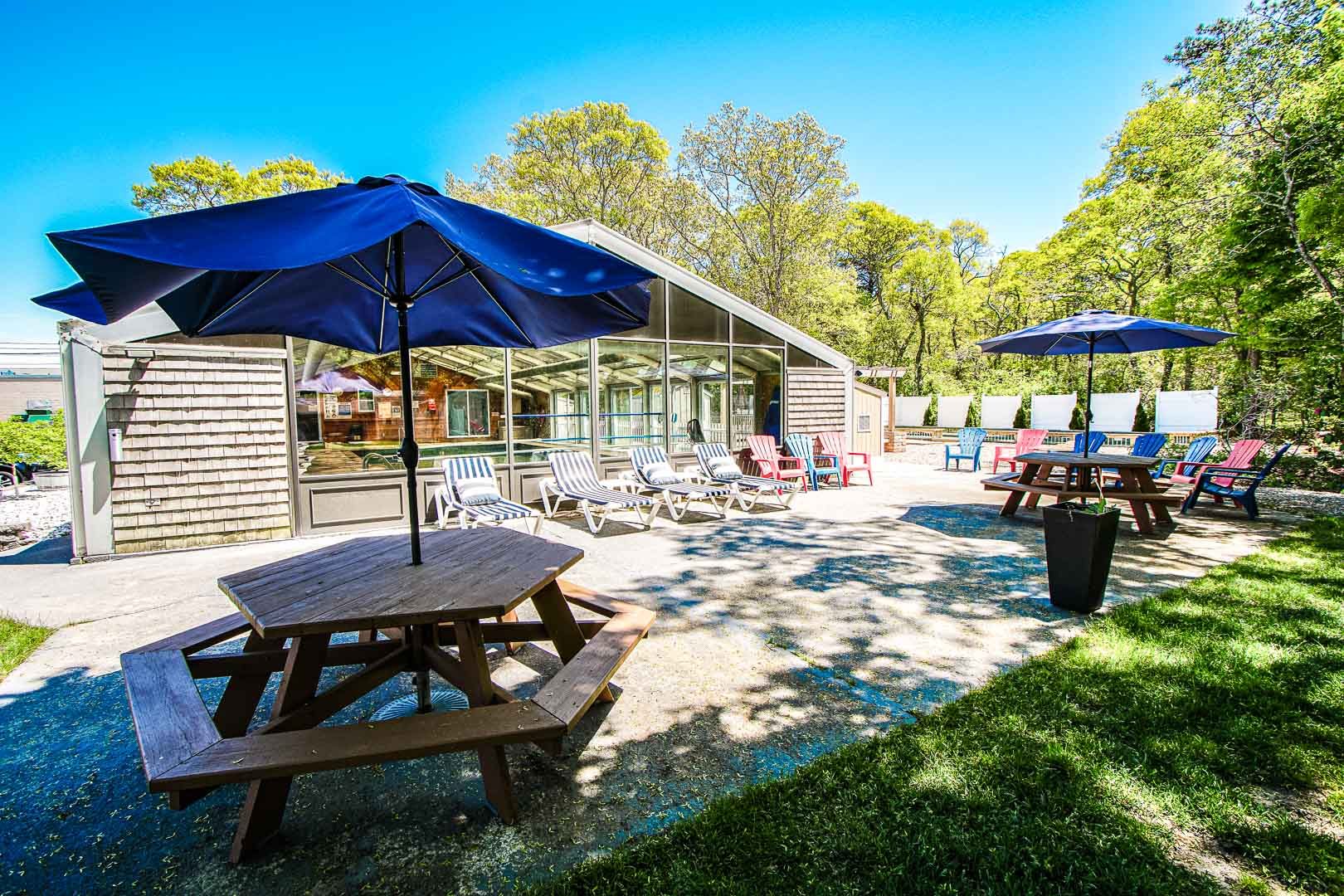 A tranquil patio area at VRI's Cape Winds Resort in Massachusetts.