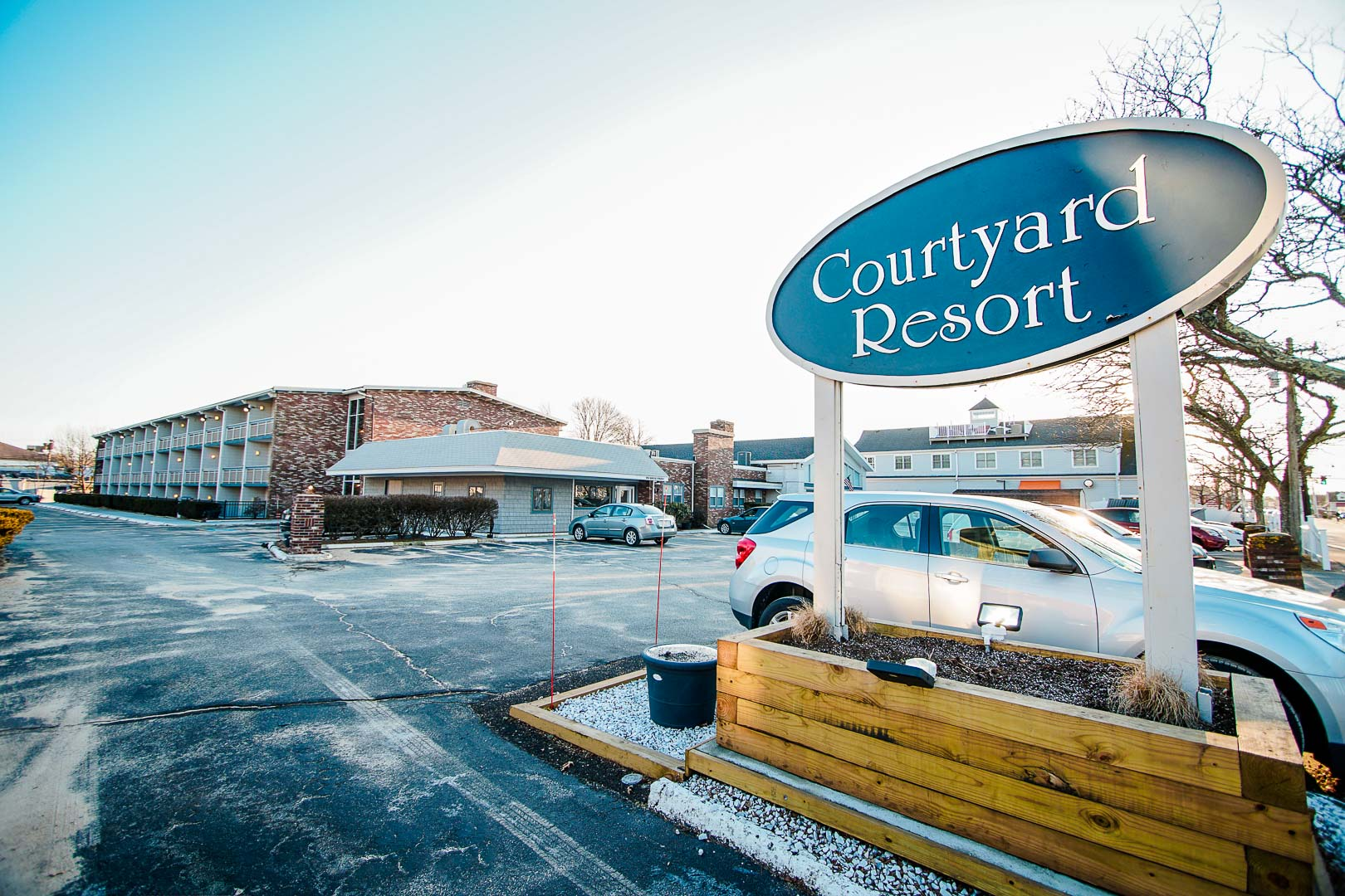 courtyard-hyannis-resort-01