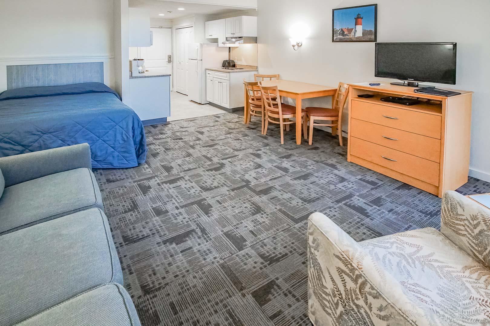 A cozy Studio accommodation at VRI's Courtyard Resort in Massachusetts.