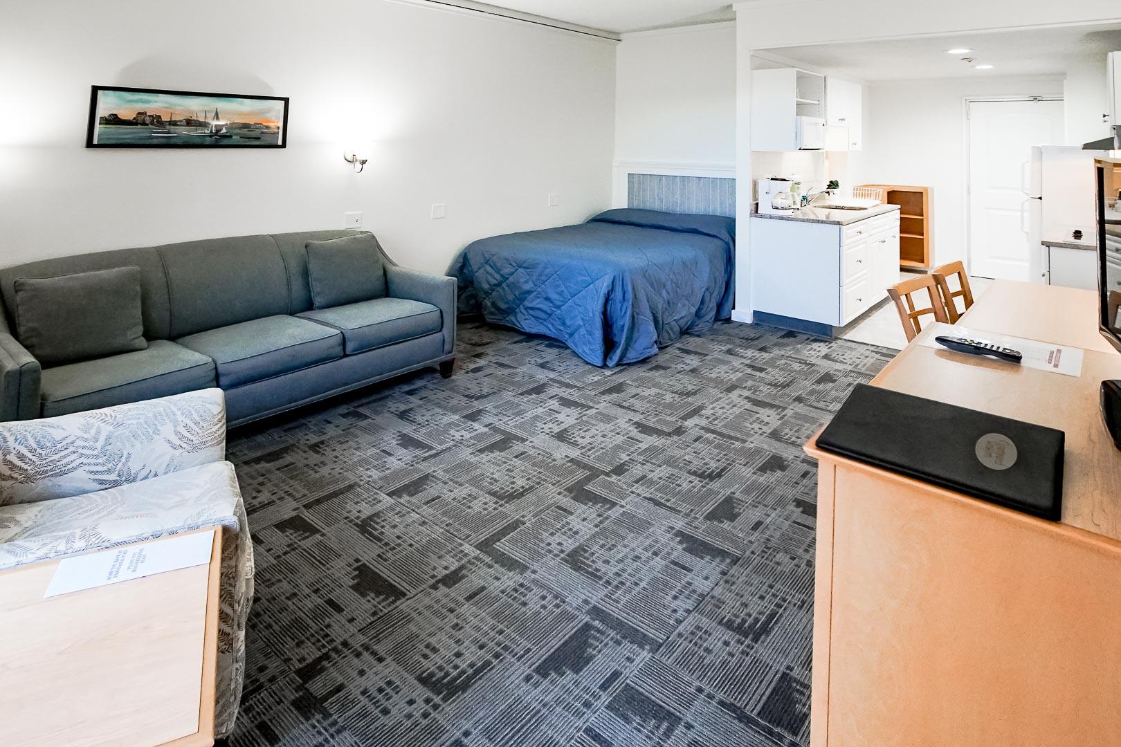 A cozy studio unit at VRI's Courtyard Resort in Massachusetts.