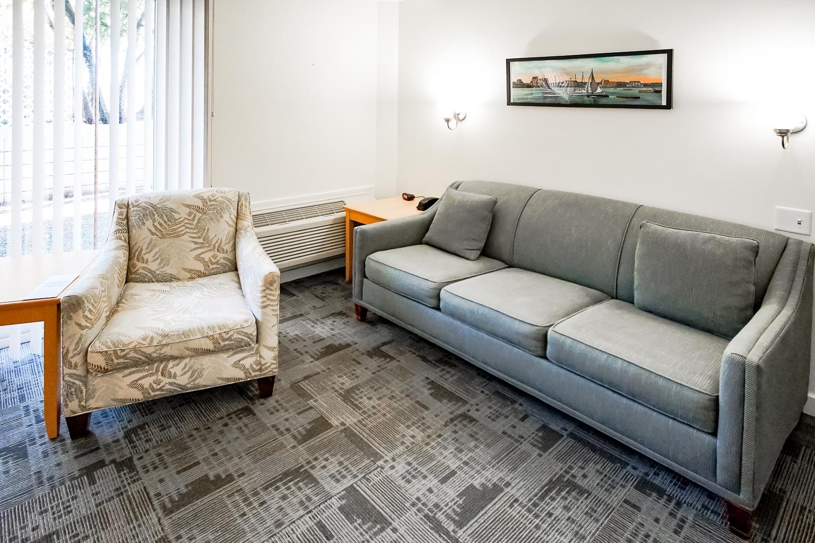 A standard living room at VRI's Courtyard Resort in Massachusetts.