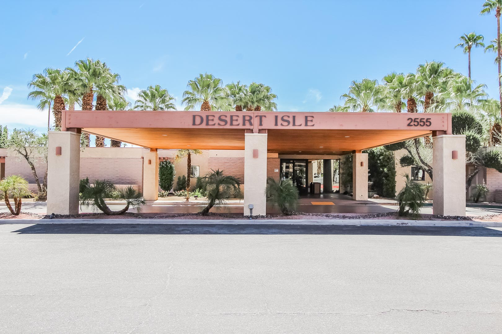 A stoic resort entrance at VRI's Desert Isle Resort in California.