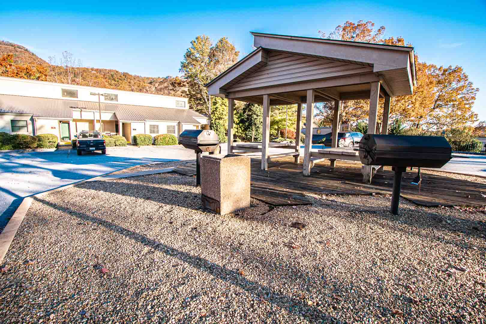 A peaceful BBQ area at VRI's Fairways of the Mountains in North Carolina.