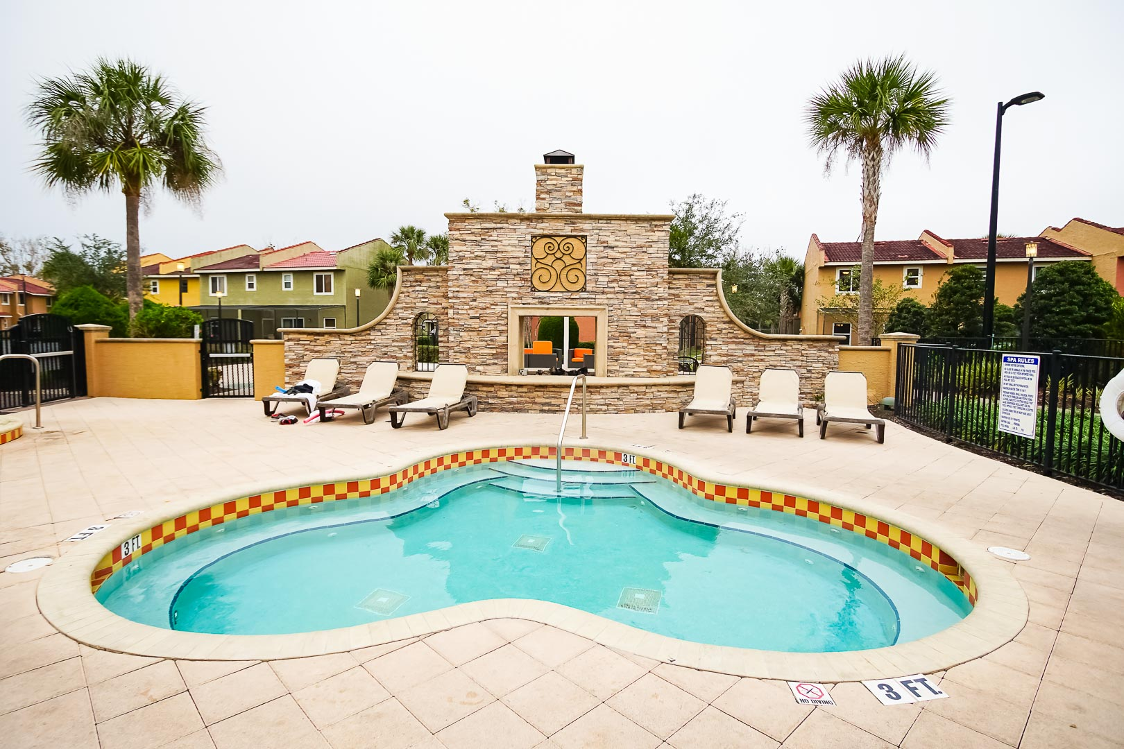 A relaxing outdoor jacuzzi at VRI's Fantasy World Resort in Florida.