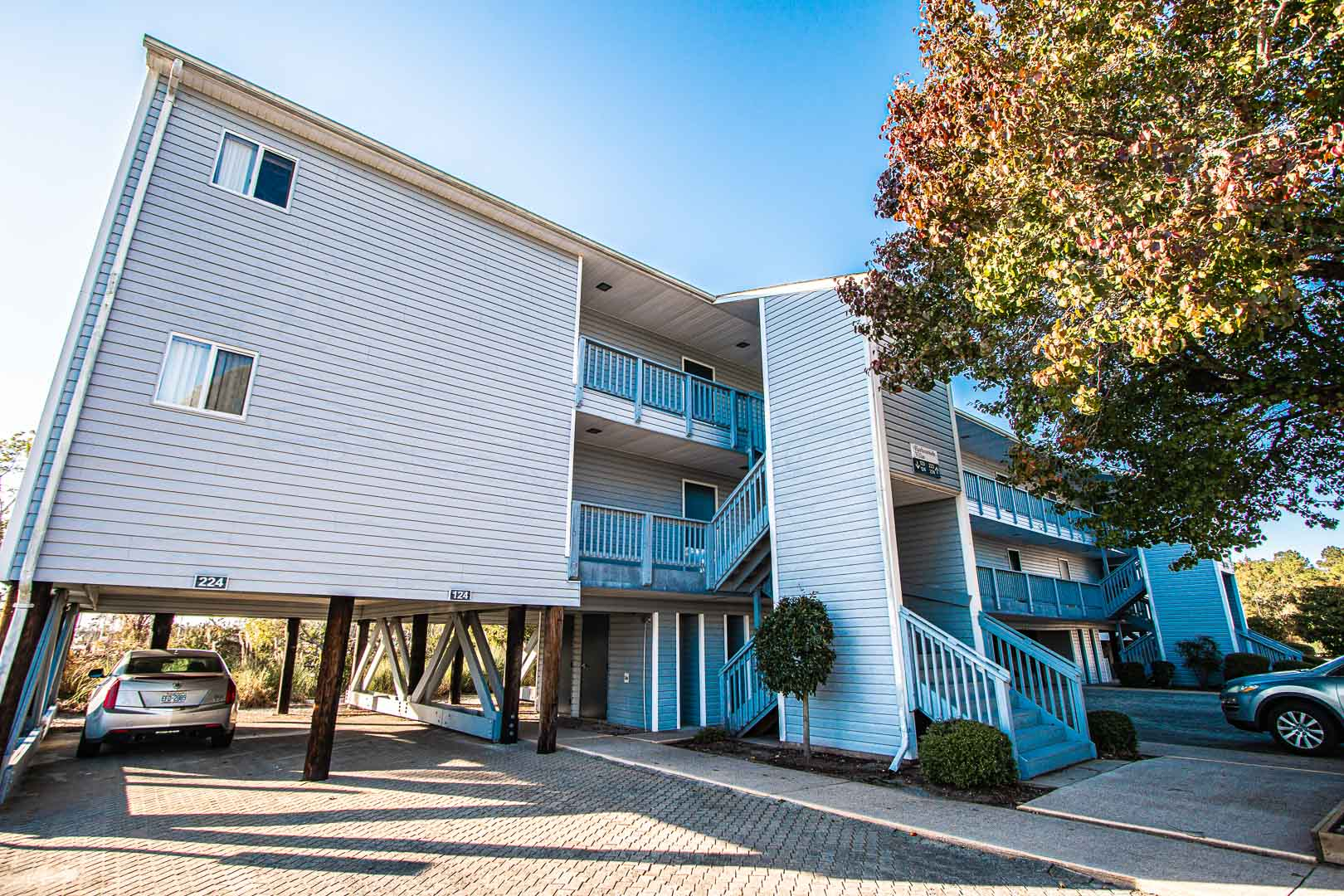 An outside view of the units at VRI's Harbourside II in New Bern, North Carolina.