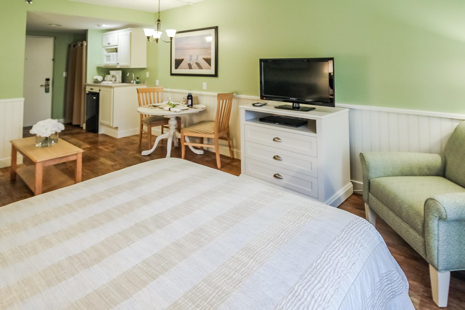 A cozy studio at VRI's Holly Tree Resort in Massachusetts.