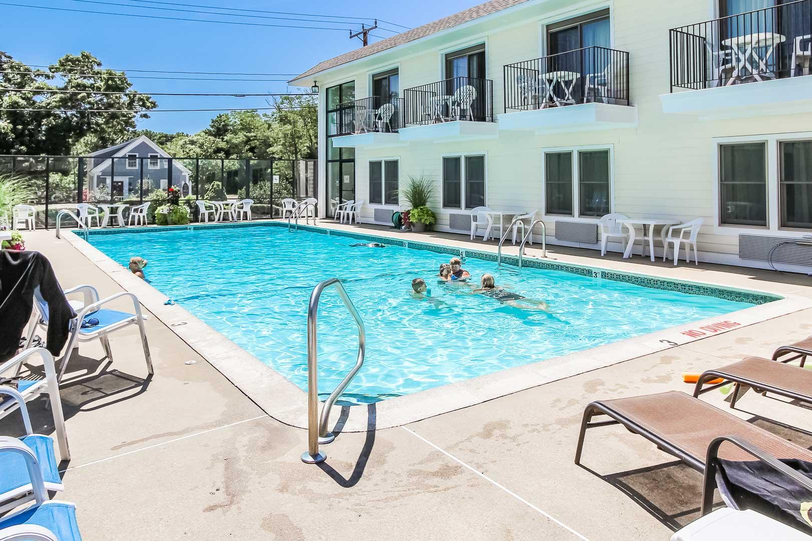 A crisp pool at Holly Tree Resort at Massachusetts.