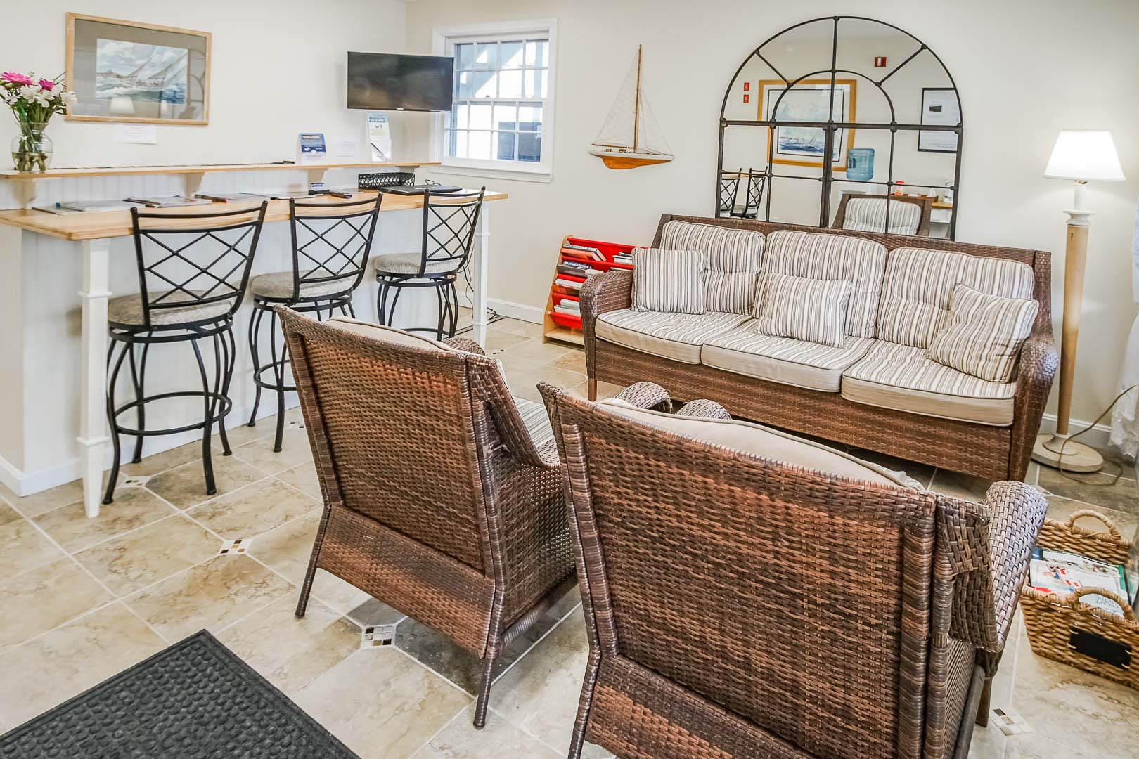 A welcoming concierge and lounging area at VRI's Island Manor Resort in Rhode Island.