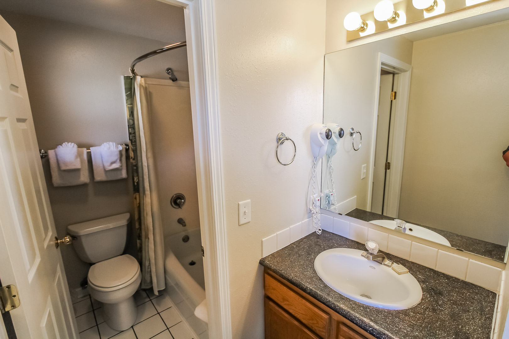 A clean bathroom at VRI's Jackson Pines in Wyoming.