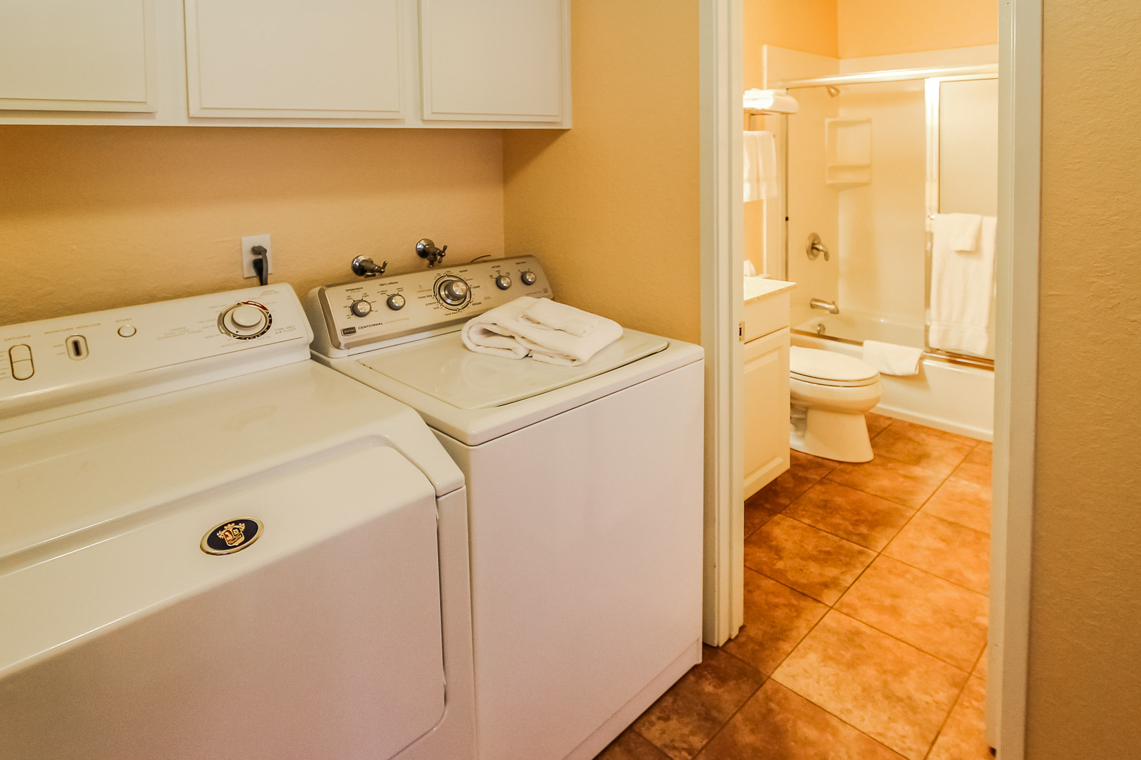 Full size washer and dryer in the units at VRI's Lake Arrowhead Chalets in California.