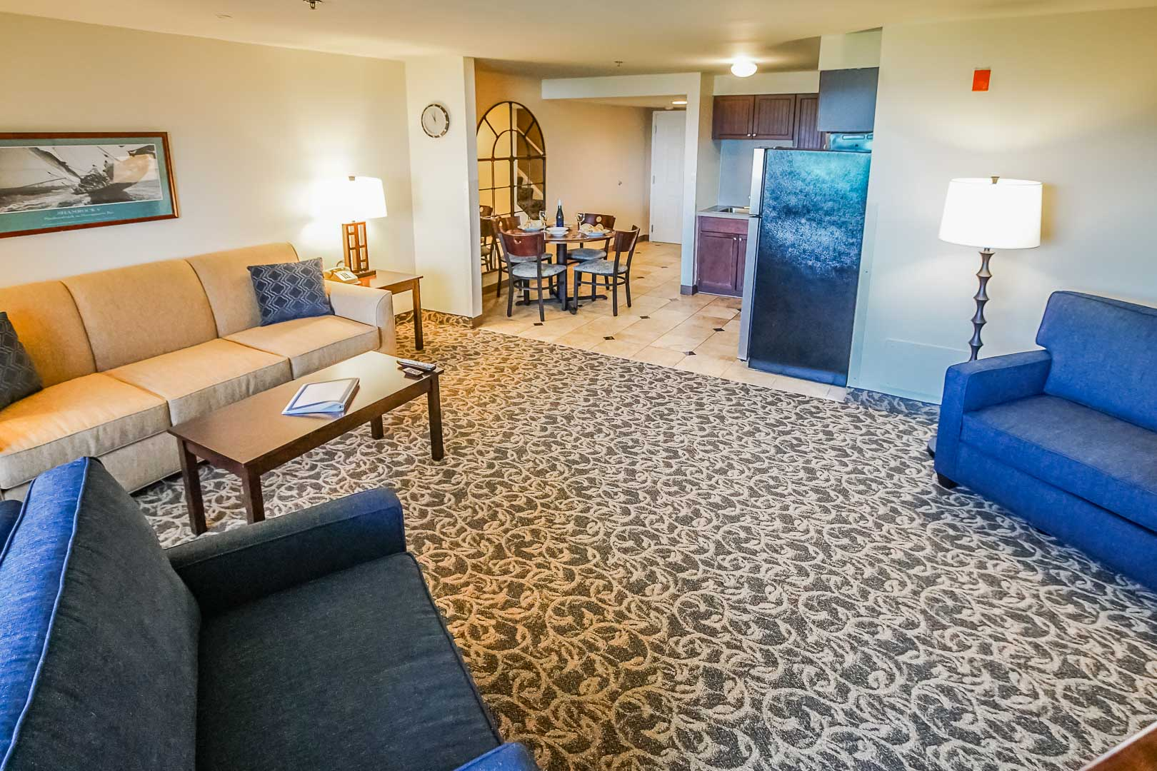 A spacious living room at VRI's Oceancliff Resort in Rhode Island.