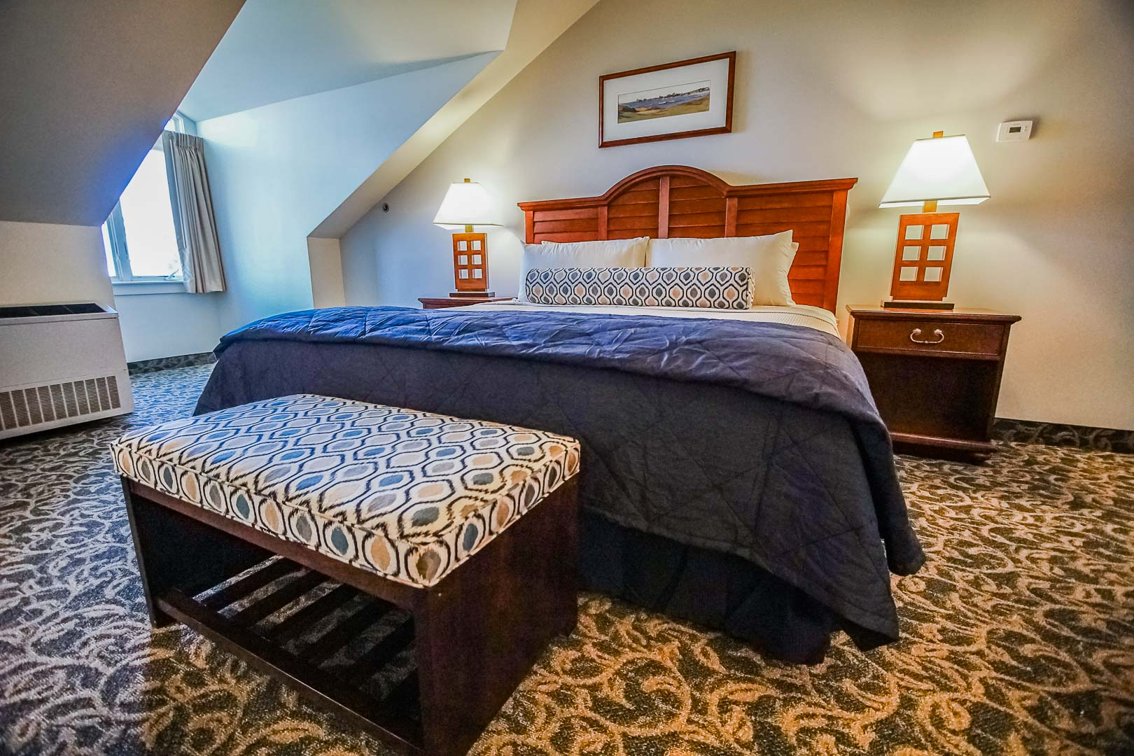 An expansive master bedroom at VRI's Oceancliff Resort in Rhode Island.