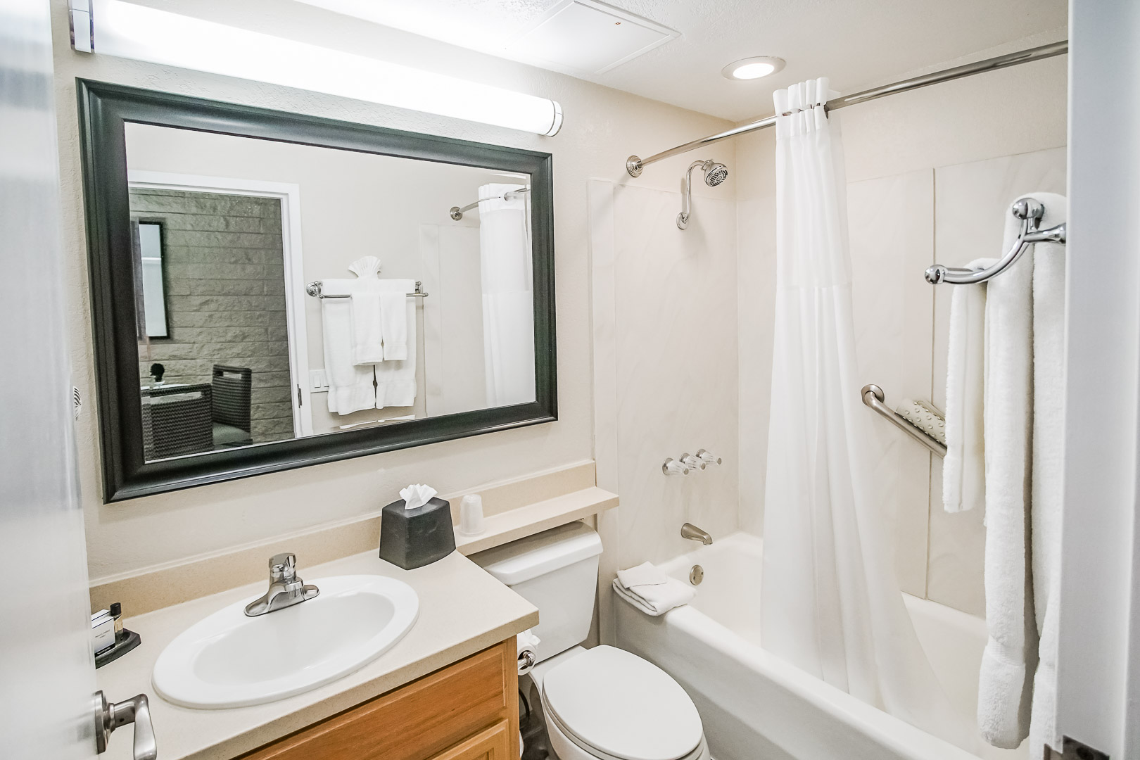 A clean bathroom at VRI's Palm Springs Tennis Club in California.