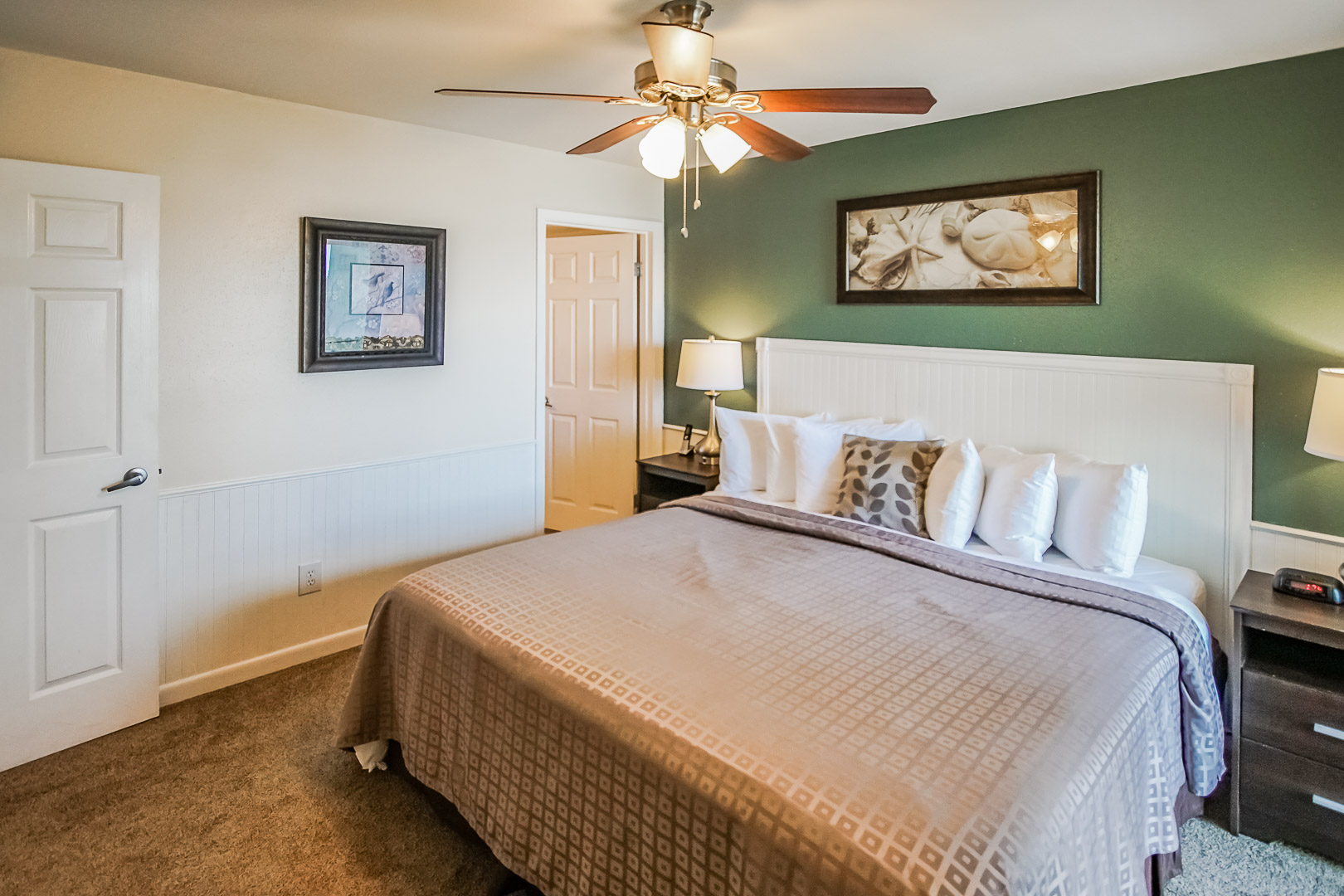 A spacious master bedroom at VRI's Puente Vista in Texas.