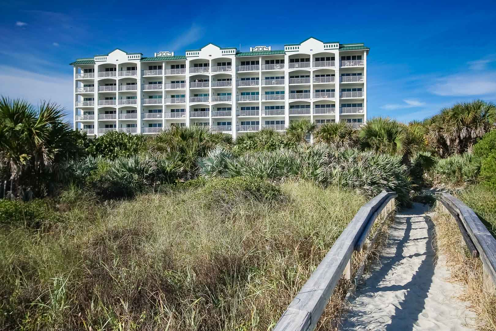 An expansive resort view of VRI's The Resort on Cocoa Beach in Florida.