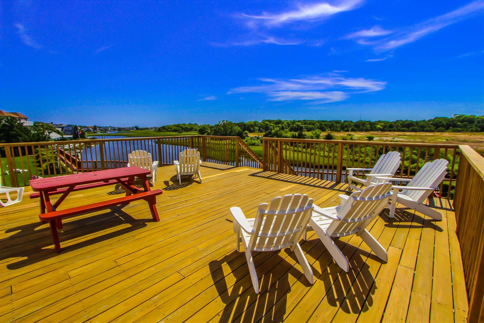 Riverview Resort - Resort Amenities - Comm Kitchen