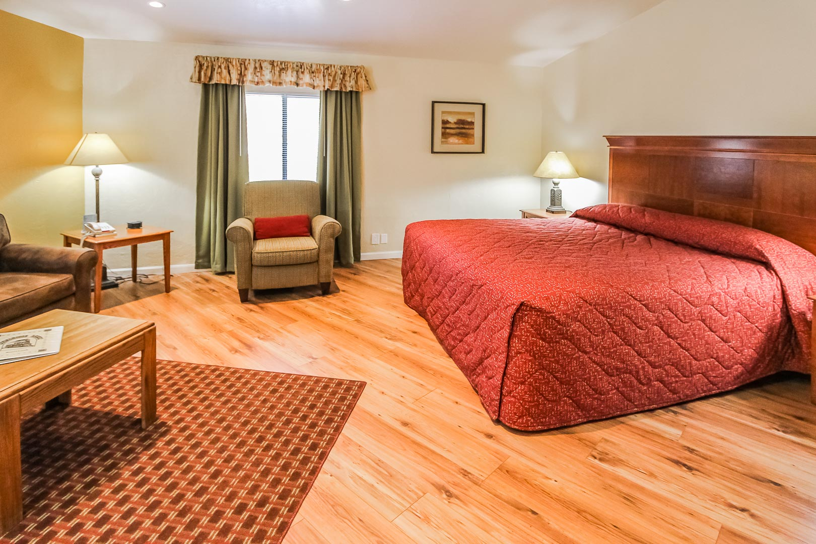 A king size bed at VRI's Roundhouse Resort in Pinetop, Arizona.