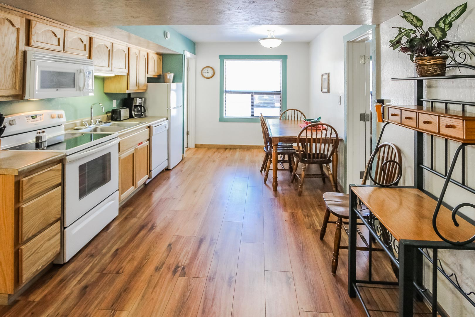 A community kitchen area at VRI's Roundhouse Resort in Pinetop, Arizona.