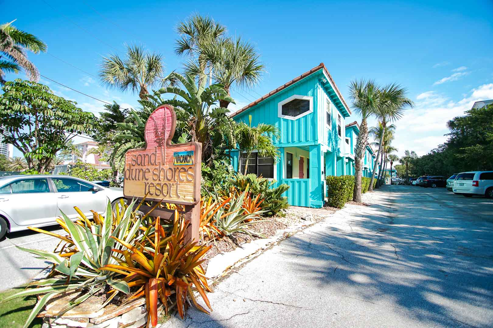 A welcoming resort entrance at VRI's Sand Dune Shores in Florida.