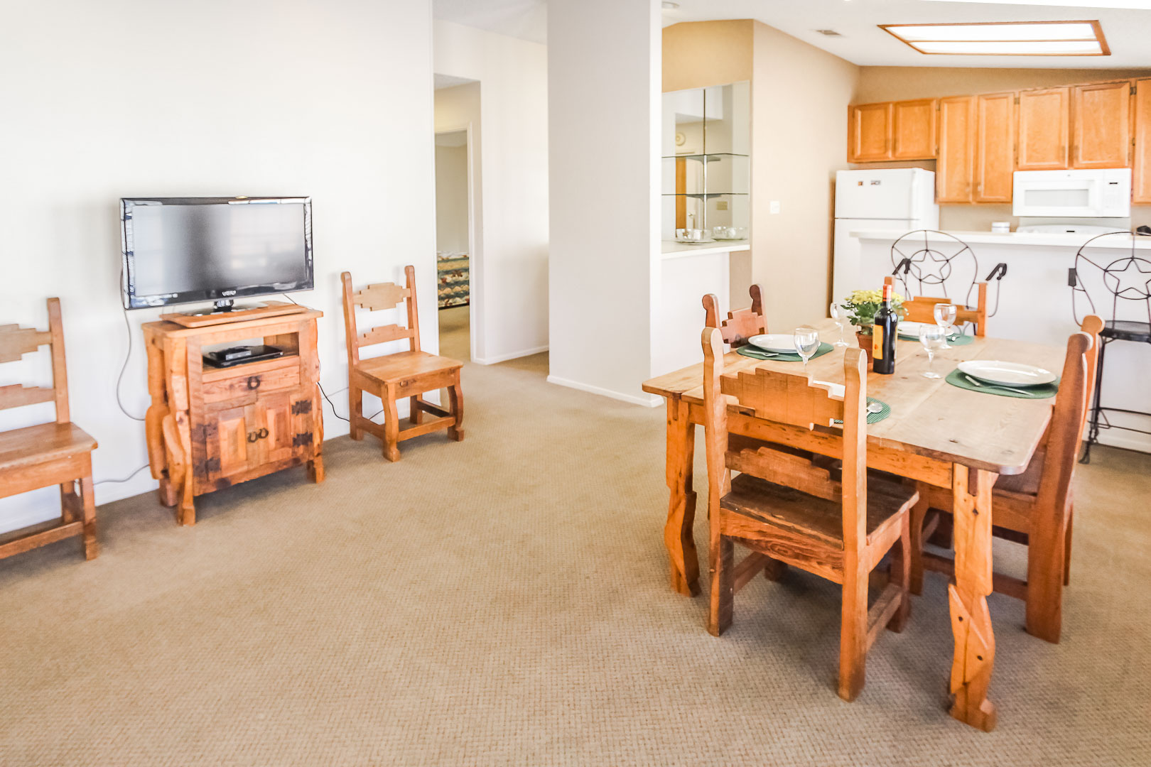 Shores at Lake Travis - Unit Amenities - Living Room