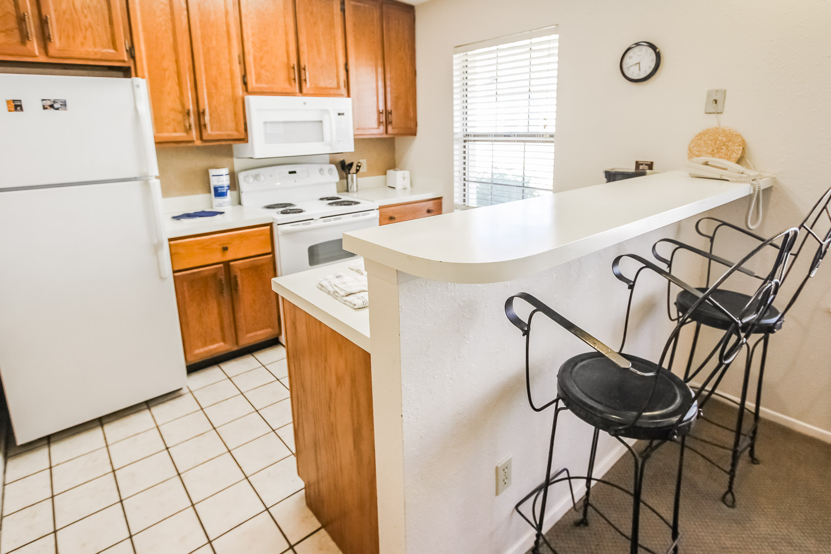 Shores at Lake Travis - Unit Amenities - Kitchen