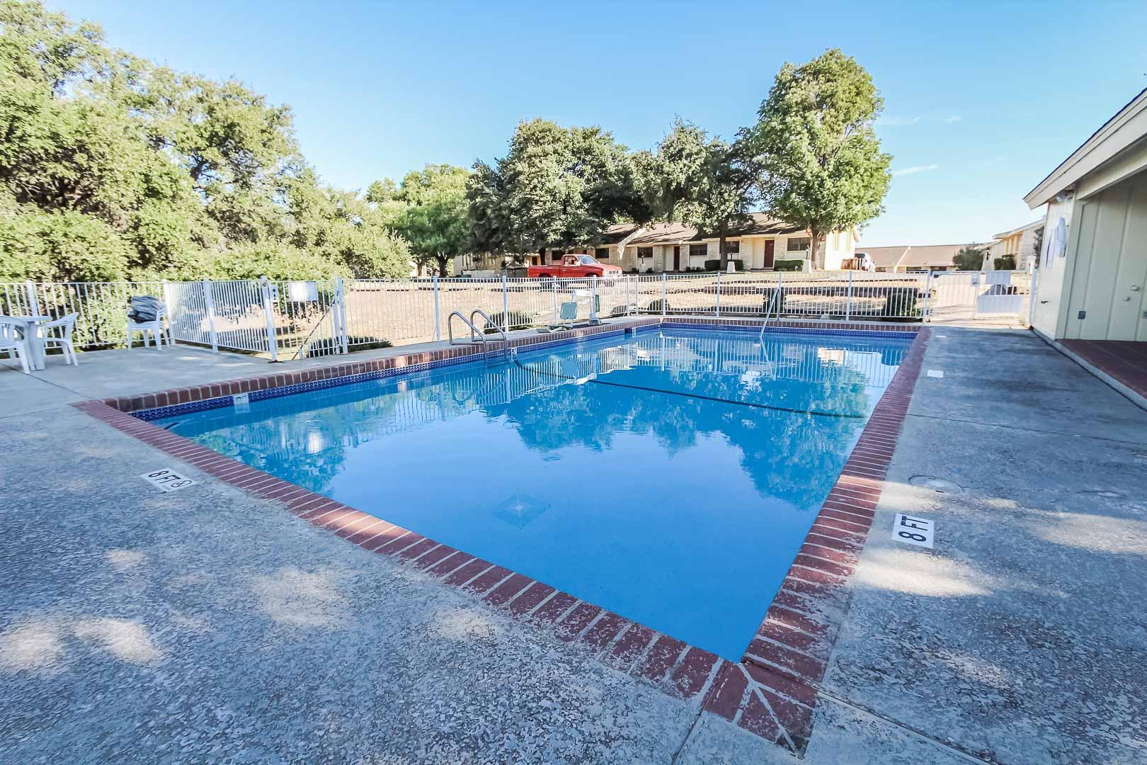 Shores at Lake Travis - Resort amenities - Pool