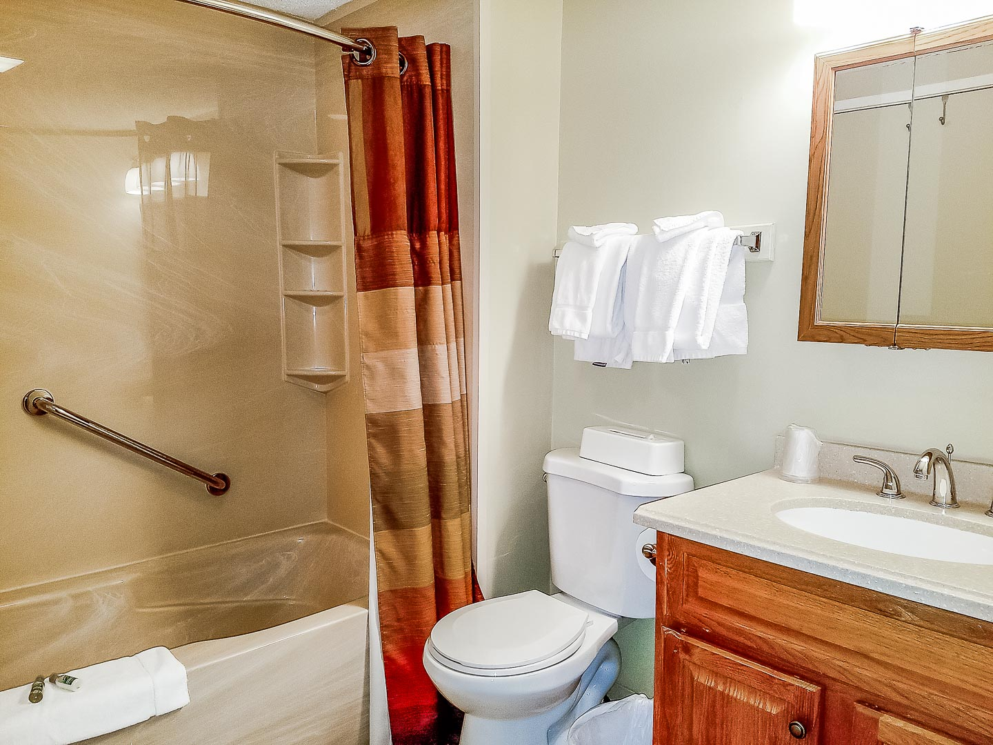 A clean bathroom at VRI's Village of Loon Mountain in New Hampshire.