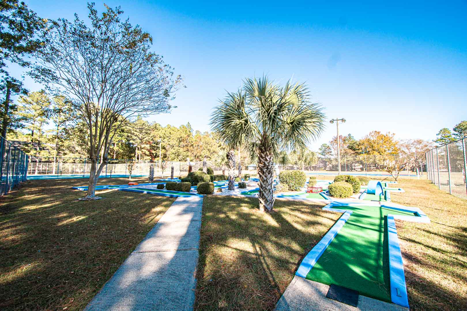 A spacious outdoor mini golf course at VRI's Waterwood Townhomes in New Bern, North Carolina.